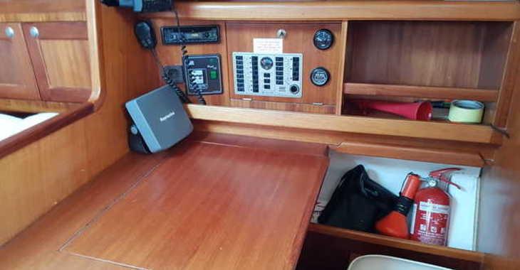 Alquilar velero en Marina Zadar - Elan 333