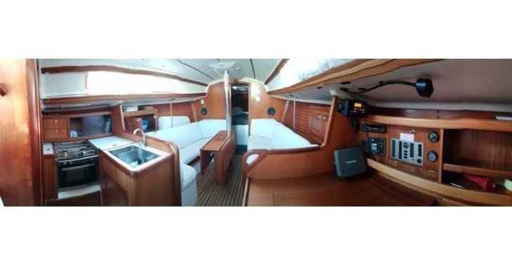 Rent a sailboat in Marina Zadar - Elan 333