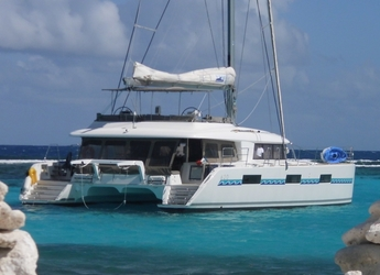 Rent a catamaran in Marina Le Marin - Cocktail Grenadines Lagoon 620 - Cabin Cruise Caribbean