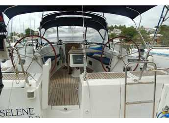 Rent a sailboat in Marina Le Marin - Oceanis 54