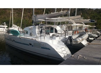 Rent a catamaran in Marina Bas du Fort - Lagoon 380 S2