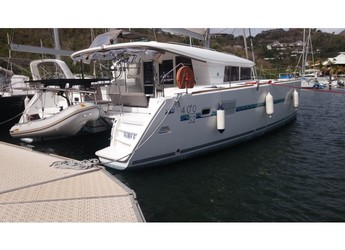 Rent a catamaran in Marina Bas du Fort - Lagoon 400 S2