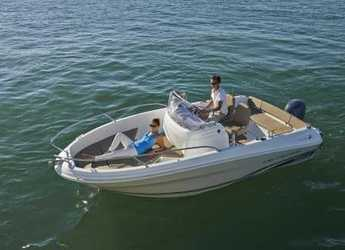 Rent a motorboat Jeanneau Cap Camarat 5.5   in Port Olimpic de Barcelona, Barcelona City