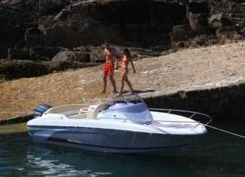 Rent a motorboat in Port Olimpic de Barcelona - Beneteau Flyer 6 Spacedeck