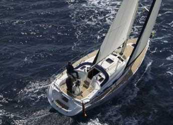 Rent a sailboat Bavaria 39 Cruiser in Port Olimpic de Barcelona, Barcelona City