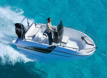 Rent a motorboat Beneteau Flyer 5.5 in Port Olimpic de Barcelona, Barcelona City