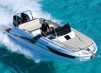 Rent a motorboat in Club Nautic Cambrils - TRO