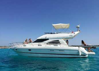 Rent a yacht in Port of Santa Eulària  - Sunseeker 40