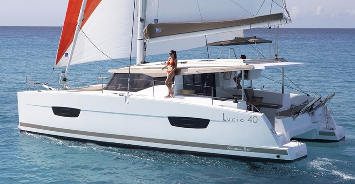Rent a catamaran in Harbour View Marina - Lucia 40