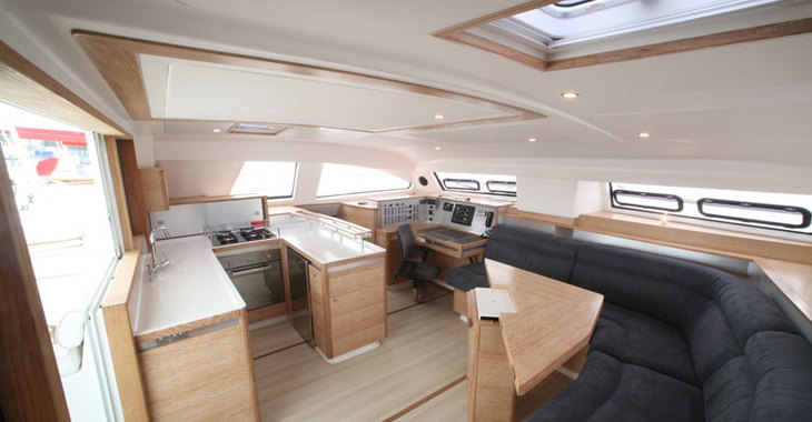Alquilar catamarán Catana 55 Carbon Infusion en Marina Le Marin, Le Marin