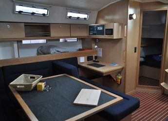 Rent a sailboat Bavaria 45 Cruiser in Admiralty Bay, Bequia