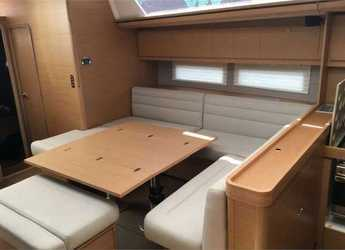 Chartern Sie segelboot Dufour 560 Grand Large (5Cab) in Palermo, Palermo