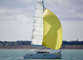 Rent a catamaran in Bodrum Marina - Lagoon 400 (4Cab)