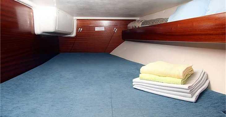 Rent a sailboat in Split (ACI Marina) - Bavaria 36 (3Cab)