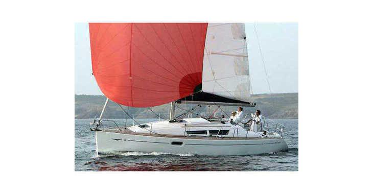 Chartern Sie segelboot in Salerno - Sun Odyssey 36i (3Cab)