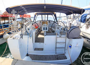 Rent a sailboat in Portocolom - Oceanis 46 (4Cab)