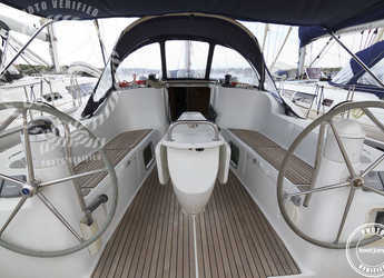 Rent a sailboat in Portocolom - Sun Odyssey 42i (3Cab)