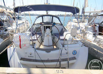 Rent a sailboat in Portocolom - Sun Odyssey 36i