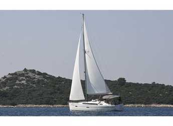 Rent a sailboat in Marina Frapa - Bavaria Cruiser 37 (3Cab)
