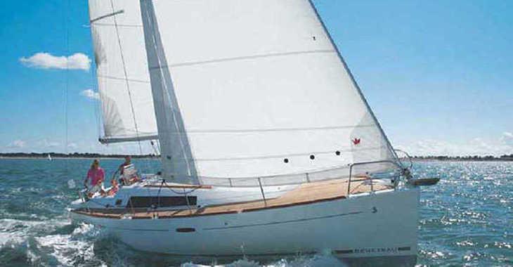 Rent a sailboat in Alimos Marina Kalamaki - Oceanis 37 (3Cab)