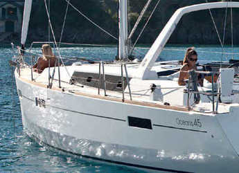 Rent a sailboat Oceanis 45 (4Cab) in Procida, Italy