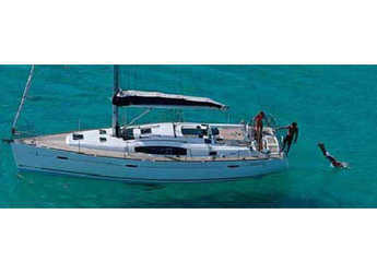 Chartern Sie segelboot Oceanis 43 (4Cab) in Follonica / Etrusca Marina, Italien