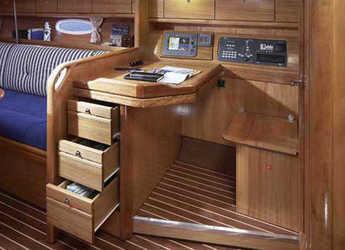 Alquilar velero Bavaria 38 Cruiser (3Cab) en Marina Izola, Izola