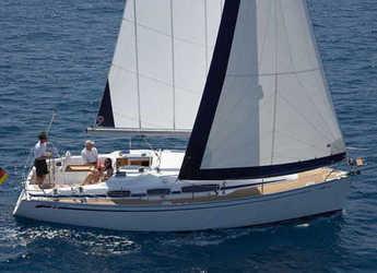 Chartern Sie segelboot in Marina Izola - Bavaria 31 Cruiser (2Cab)