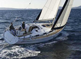 Alquilar velero Bavaria 34 Cruiser (2Cab) en Alimos Marina Kalamaki, Atenas