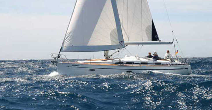 Rent a sailboat in Lefkas Nidri - Bavaria 40 Cruiser (3Cab)
