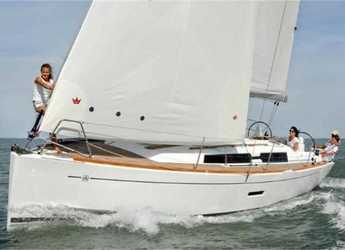 Rent a sailboat in Contra Muelle Mollet - Dufour 335 Grand Large (2Cab)