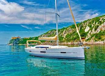 Rent a sailboat in Contra Muelle Mollet - Dufour 412 Grand Large (3Cab)