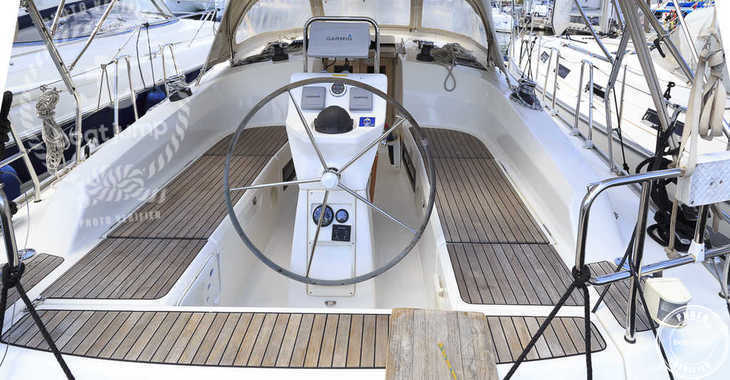 Rent a sailboat in Naviera Balear - Bavaria Cruiser 36 (3Cab)