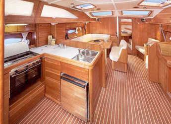 Chartern Sie segelboot Bavaria 44 Vision in Kos Port, Kos