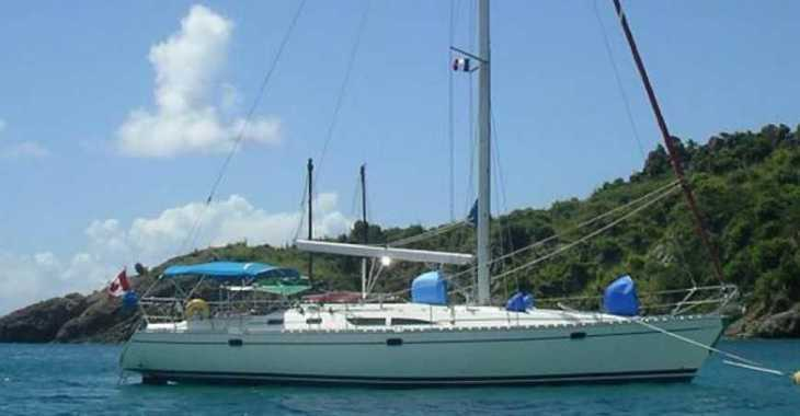 Rent a sailboat in Gran Canaria / Puerto de Mogan - Sun Odyssey 45.2 (4Cab)