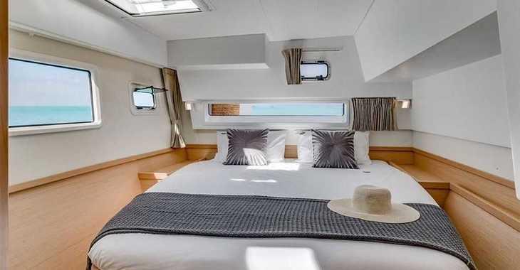 Rent a catamaran in Marina Le Marin - Lagoon 42