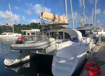 Rent a catamaran in Scrub Island - Lagoon 380