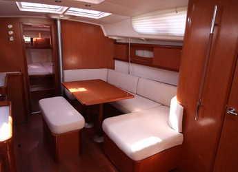 Chartern Sie segelboot Oceanis 40 in Marina di Nettuno, Rome