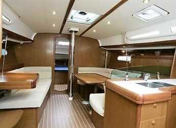 Chartern Sie segelboot Sun Odyssey 42i in Marina di Nettuno, Rome