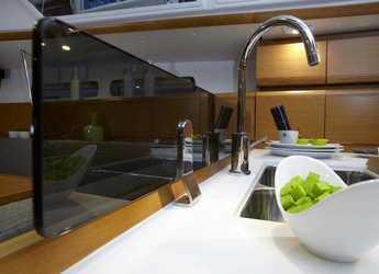 Chartern Sie segelboot Sun Odyssey 449 in Marina di Nettuno, Rome
