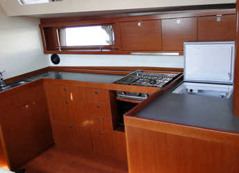 Rent a sailboat Oceanis 48 in Yacht Haven Marina, Phuket