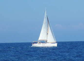 Rent a sailboat in Porto Montenegro - Dufour 405