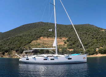 Rent a sailboat in Volos - Jeanneau 54