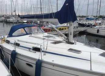 Rent a sailboat in Marina Deportiva Alicante - Bavaria 37