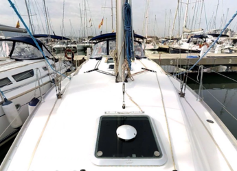 Rent a sailboat Sun odyssey 37 in Marina de Dénia, Denia