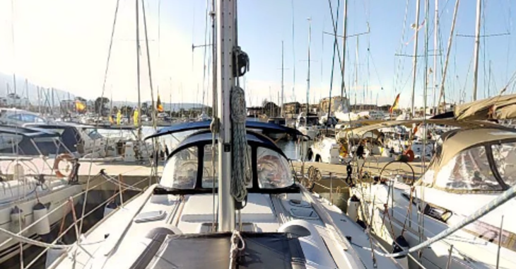 Rent a sailboat in Marina el Portet de Denia - Sun Odyssey 42i
