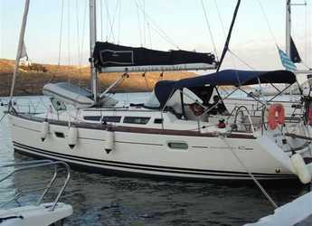 Rent a sailboat in Marina de Dénia - Sun Odyssey 42i