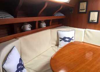 Rent a sailboat Velero Clásico North Wind 38 in Club Nautic Costa Brava, Palamos