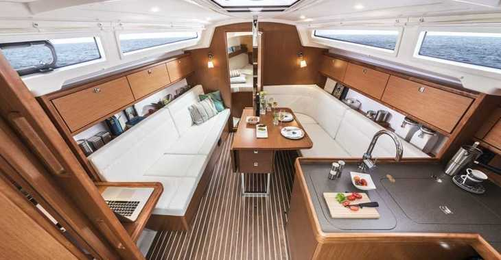 Rent a sailboat in Nanny Cay - Bavaria Cruiser 34