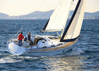 Rent a sailboat in Nanny Cay - Bavaria Cruiser 35